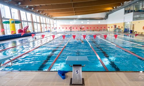 nuevos horarios y actividades en las piscinas municipales